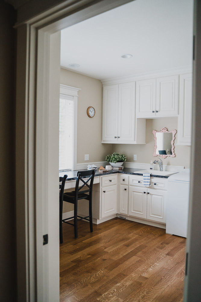 Silverton Oregon | Office & Laundry Room Cabinetry