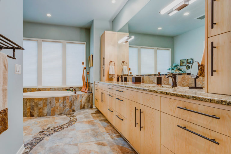 Sherwood Oregon | Kitchen, Bath & Built In Cabinetry