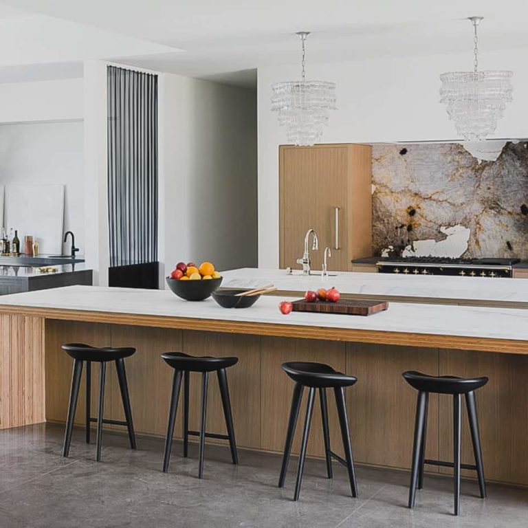 Silver Falls | Contemporary Home Remodel & Cabinets